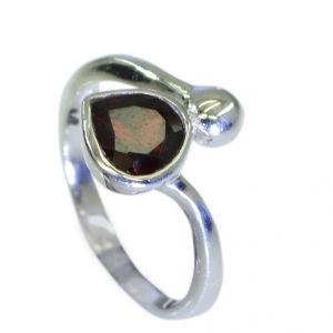 Buy Riyo Garnet Wholesale Silver Gemstone Claddagh Ring Jewellery Sz 7 Srgar7-26069 online