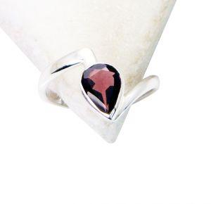 Buy Riyo Garnet Silver Jewelry Mori Ring Sz 7.5 Srgar7.5-26137 online