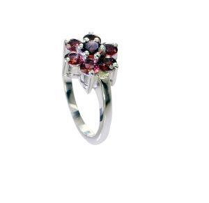 Buy Riyo Garnet Latest Silver Jewellery Claddagh Ring Sz 7.5 Srgar7.5-26240 online