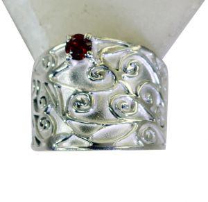 Buy Riyo Garnet Famous Silver Designers Ring Silver Sz 8 Srgar8-26182 online