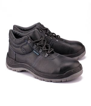 Buy Wild Bull Thunder Plus Leather Safety Shoes online