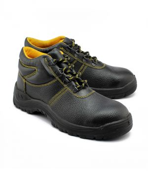 Buy Wild Bull Yellow Power Plus Leather Safety Shoes online