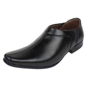 Buy Molessi Mens Moccasin Formal Shoes - Black - ( Code - Ml15f143s_p ) online