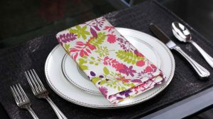Buy Lushomes Purple Rain Printed Cotton 6 Dinner Table Napkins Set online