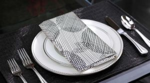 Buy Lushomes Geometric Printed Cotton 6 Table Napkins Set online