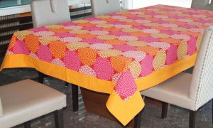 Buy Lushomes 6 Seater Ragular Spiral Printed Table Cloth online