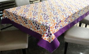 Buy Lushomes 6 Seater Ragular Shadow Printed Table Cloth online
