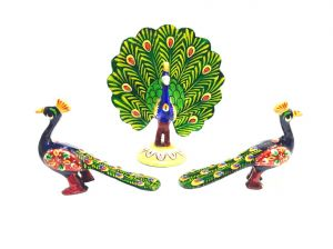 Buy Mariyam Metal Meenakari Peacock Set Showpiece online