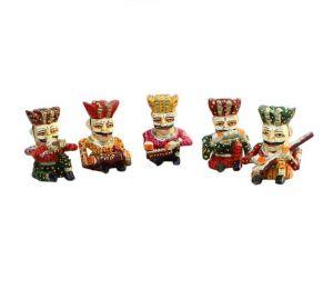 Buy Mariyam Wooden Multicolor Traditional Rajasthani Musician Bawla 5 Of Set 10 Cm online