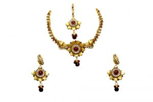 Buy La Trendz Flower Shape Copper A D Stone Maroon Traditional Ruby Necklace Set(cprs2m) online