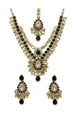 Buy La Trendz Gold Alloy Necklace Set With Maang Tikka online