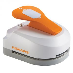 Buy Fiskars 3 In 1 Tag Maker Scallop online