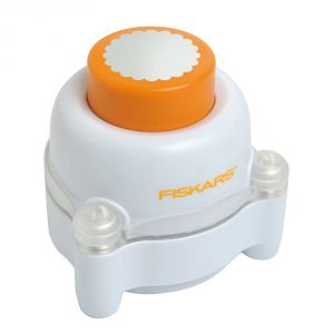 Buy Fiskars Everywhere Window Punch- Scalloped Circle online