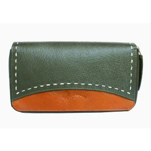 Buy Tamanna Women Black Genuine Leather Wallet (11 Card Slots) online