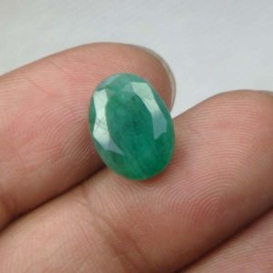 Buy 3.80 Ct Natural Emerald Panna Rashi Stone online