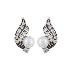 Buy Firstblush Diva Style Oxidised Silver And Pearl Clip On Earrings
