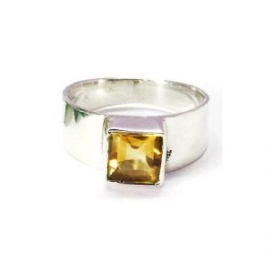 Buy Citrine 7.5 Ratti Stone Silver Beautiful Ring For Unisex (code- Cey0011) online