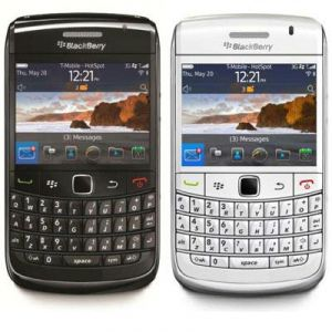 Buy Used Blackberry Bold 9780 Mobile Phone online
