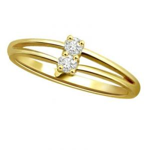 Buy Kiara Traditional Shape Diamond Ring online