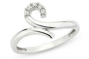 Buy Tarang Real Diamond Five Stone Curvy Ring online