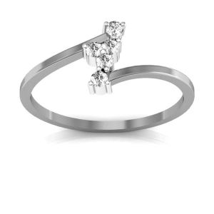 Buy Avsar Real Gold And Diamond Kareena Ring ( Code - Tar040wn ) online