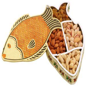 Buy Dryfruit - Fish Minakari Dryfruit Box online