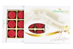 Buy Ghasitarams Sweets Strawberry Roses 12 PCs White Box online