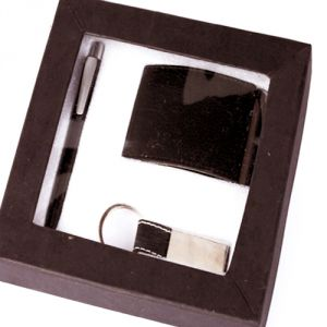 Buy Gifts Hamper-card Holder Gift Set online