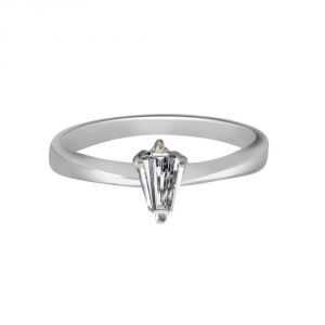 Buy Surat Diamond 0.30ct Pentagon H/si1 Engagement Delight Ring-(030hsi1) online