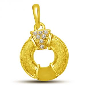 Buy Surat Diamond My Life Is Encircled By You 18kt Gold & Diamond Pendant P858 online