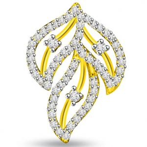 Buy Surat Diamond 0.70 Cts 3 Leaves Diamond Pendant - P691 online