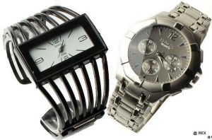 Buy Stylish Combo Mens Watch And Ladies Watch online