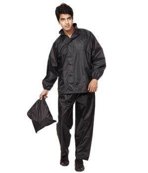 Buy Brandtrendz Black Polyester 3 Fold Men's Raincoat online