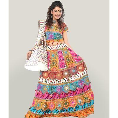 fc3d063fd0 Buy Yellow Laheriya Effect Chaniya Choli Online | Best Prices in ...