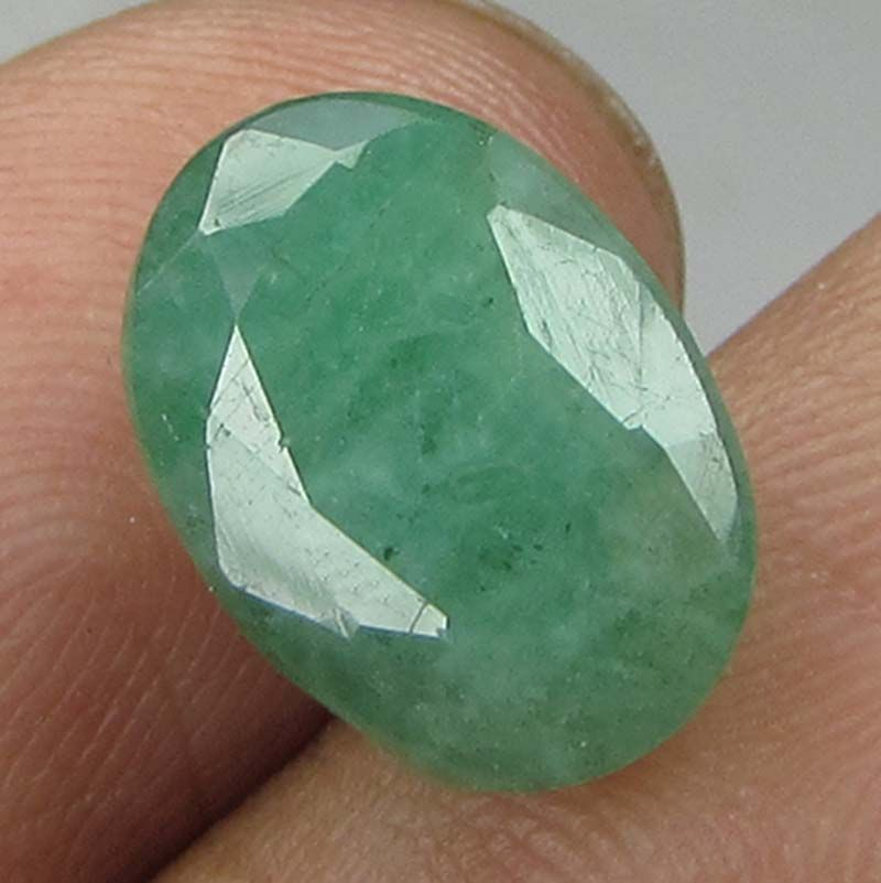 Buy Lab Certified 4.87cts(5.41ratti) Natural Untreated Zambian Emerald/panna online