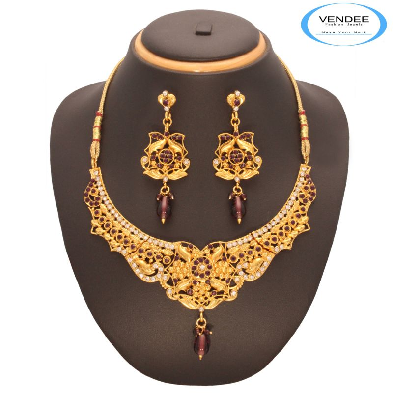 Buy Vendee Fashion Exclusive Design Necklace Set 7542 online