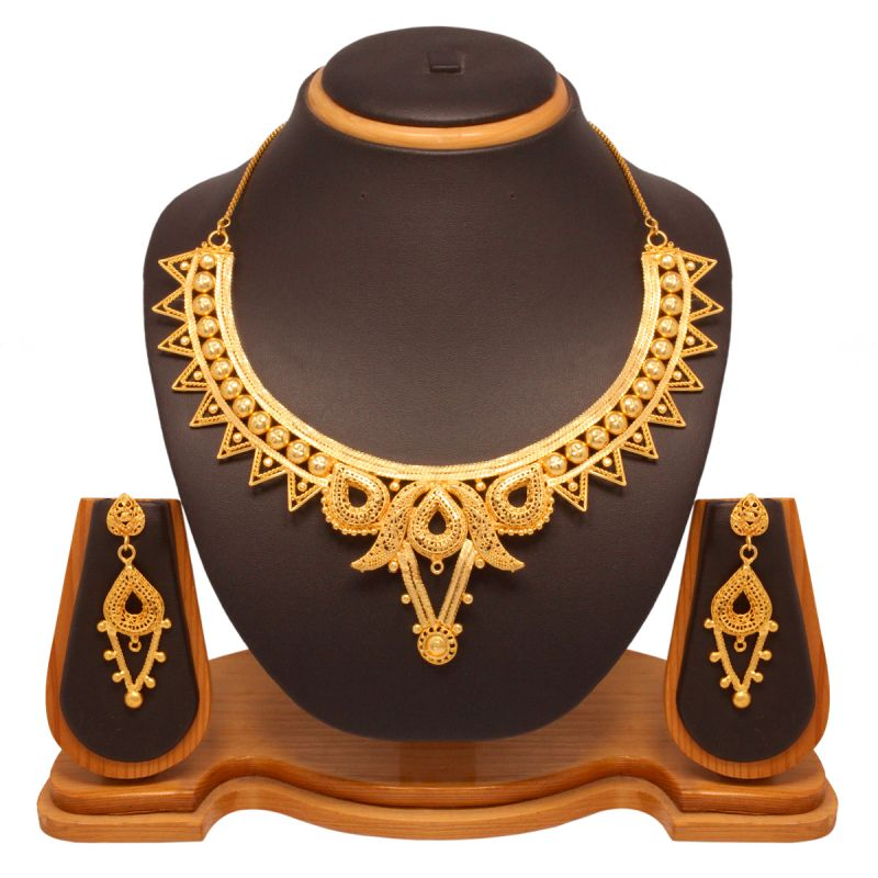 Buy Vendee Fashion Gold Plated Choker Necklace Set Online | Best ...