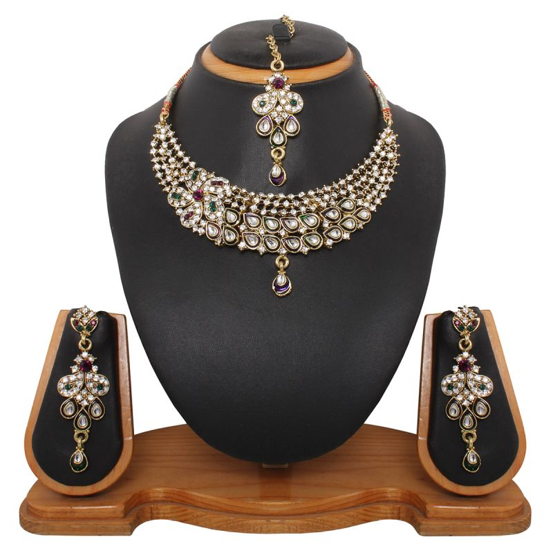 Buy Vendee Fashion Queenly Movements Necklace Set (8321) online