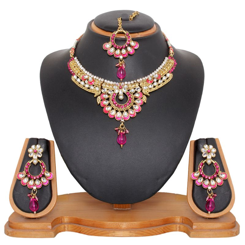 Buy Vendee Fashion Pretty Pink Necklace Set online