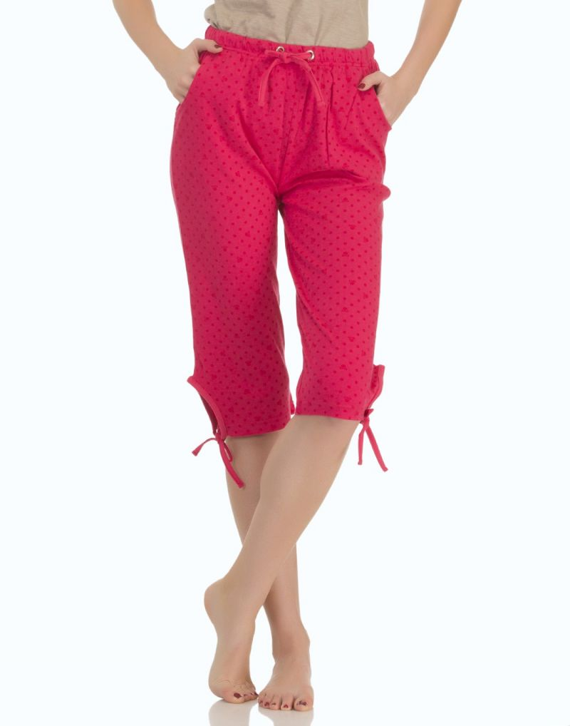 Buy Clovia Printed Cotton Capri In Red online