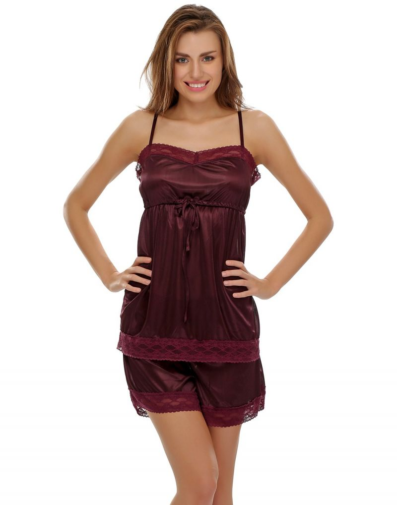 Buy Clovia Set Of Satin Cami And Shorts In Wine Ns0316p15 online