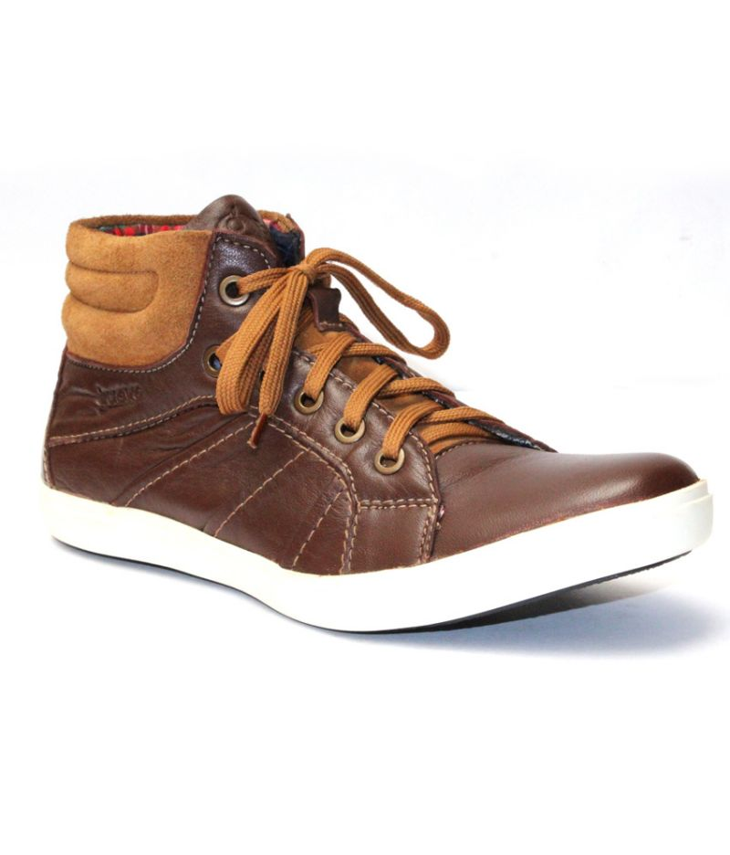 Buy Guava Brown Leather Casual Shoe online