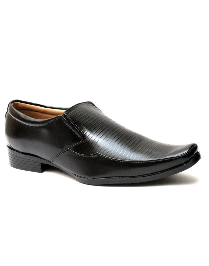 Buy Guava Black Color Synthetic Leather Textured Men