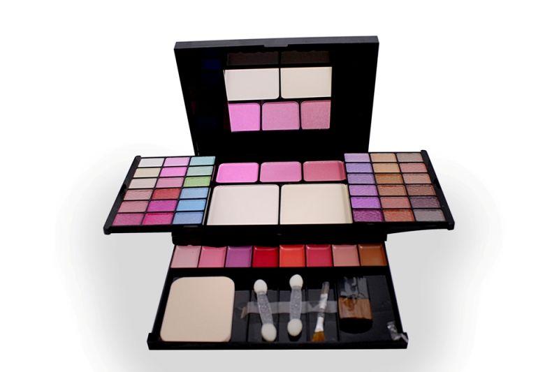 Buy T.y.a Fashion Make Up Kit Free Liner & Rubber Band-hggr (code - Tya-5003-mkt-lt26-m-eylnr-fl) online