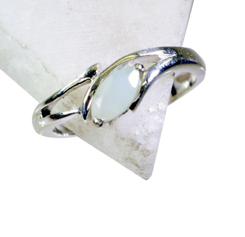 Buy Riyo Aqua Chalcedony Silver Jewelry Supplier Claddagh Ring Sz 8 Srach8-4007 online