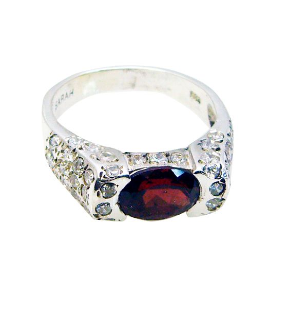 Buy Riyo Garnet Branded Silver Jewellery Mothers Ring Sz 6 Srgar6-26121 online