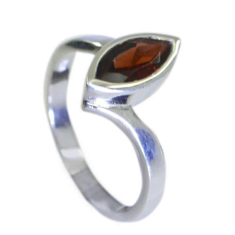 Buy Riyo Garnet Western Silver Jewelry Twisted Silver Ring Sz 7 Srgar7-26061 online