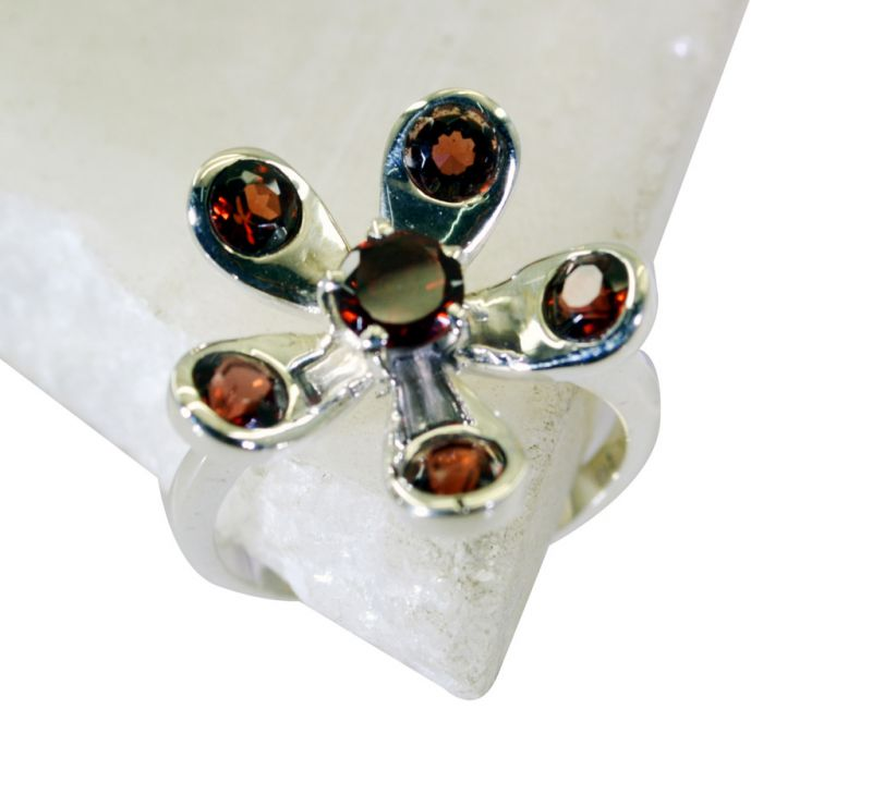 Buy Riyo Garnet Exotic Silver Jewelry Large Silver Ring Sz 8 Srgar8-26177 online