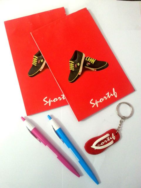 Buy Sportif Combo - 2 Medium Note Pad , 2 Blue Pen , 1 Key Chain online
