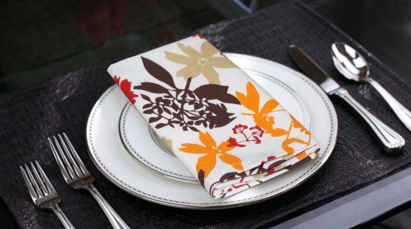 Buy Lushomes Leaf Printed Cotton 6 Table Napkins Set (dinner Napkins) online